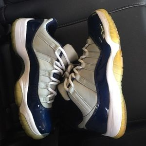 "SOLD ❌❌❌❌ Jordan 11 low ""Georgetown"""